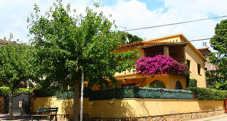 Rich Russians set sights on Spanish homes