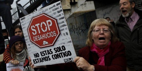 Suicide stirs up Spain's home evictions debate