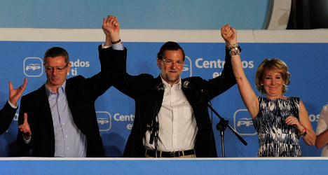 Spain's top brass close ranks in austerity row