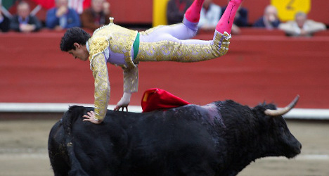 Bullfighter video shakes up 'staid' stereotypes