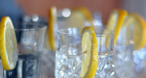 Spain's MPs say farewell to cheap gin and tonics