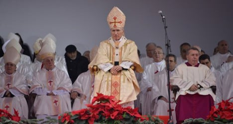 'Exorcist' bishop aids Spanish King with prayer