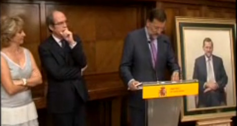 Spain looks at scrapping pricey MP portraits
