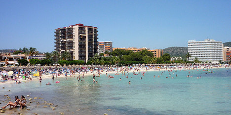 Brit dies after fall from tenth floor in Majorca
