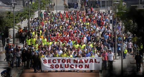 Shipbuilders strike over subsidy payback fears