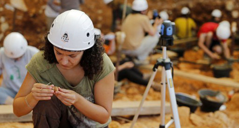 Spanish dig reveals cannibal table manners