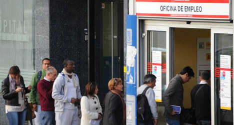 Spain's jobless rate sees 'biggest drop in 5 years'