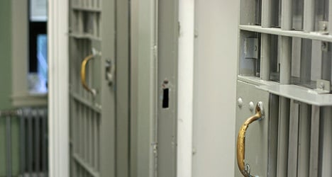 Rioting inmates fight prison conditions