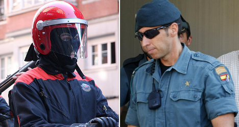 Police see red over costly uniform mix-up