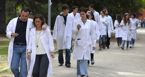Minute of silence mourns death of Spanish science