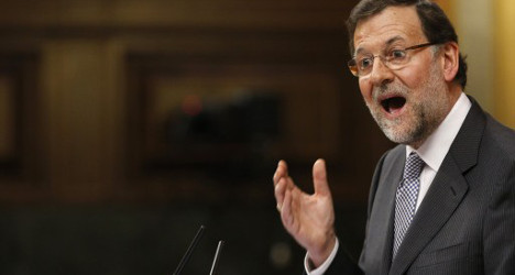 Spain's record debt to keep climbing until 2015