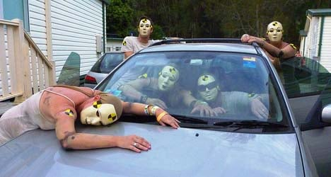 'Cheap' corpses used as crash test dummies