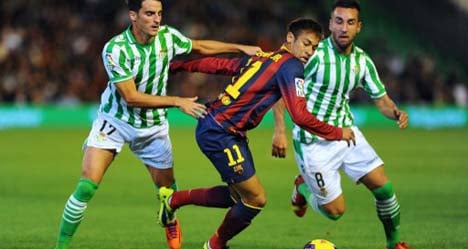 Barça win marred by Messi hamstring injury