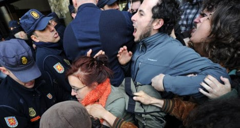 €600K fines for Spain's illegal protests: draft bill