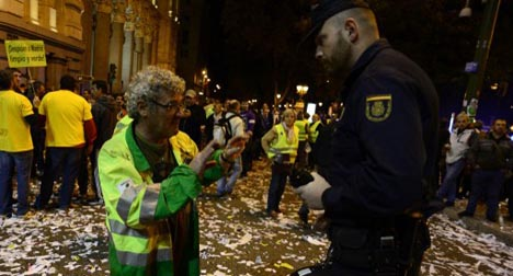 Madrid hands striking cleaners 2-day deadline