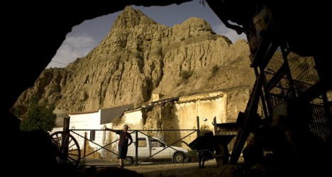 British 'caveman' crushed to death in Spain
