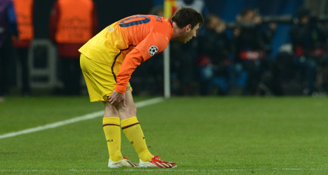 Injury to sideline Messi for six to eight weeks