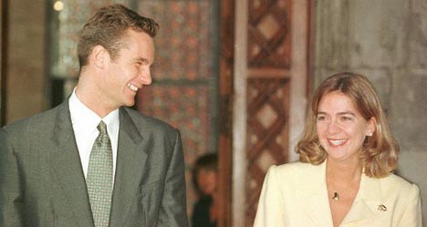 Crude, sexist emails embarrass Spain's royals