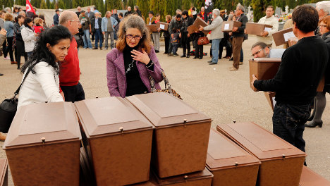 Franco mass grave victims given burial