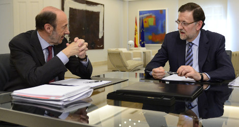 Spain's top parties won't govern alone: Poll
