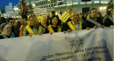 Spain's Freemasons show faces for first time