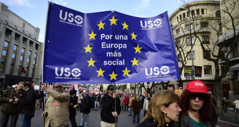 Spaniards march against 'painful' austerity policies