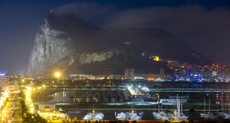 UK condemns Spain over new Gibraltar 'incursion'