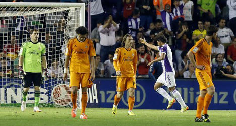 Real 'throw away' La Liga in dying minutes
