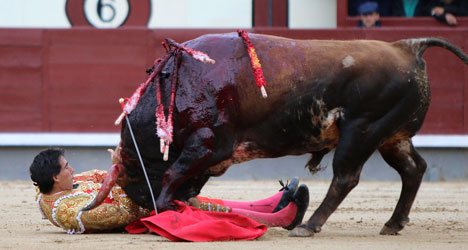 Bullfighting groups cry foul over Twitter abuse