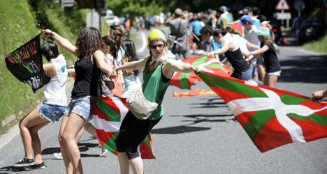 150,000 Basques call for split from Spain