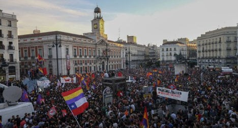 Thousands call for end to Spain's monarchy