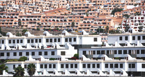 Spanish house prices to climb in 2016: S&P