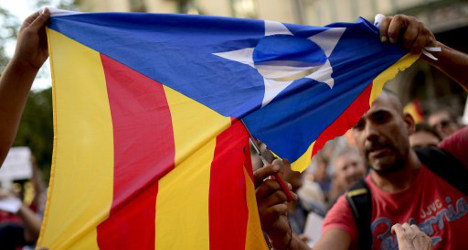 Catalan boss 'may scrap independence vote'