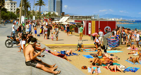 Barcelona mayor vows to close illegal holiday flats