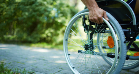 'Ice bucket videos can distract from ALS cause'