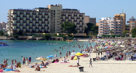 Brit seriously injured in Magaluf building fall