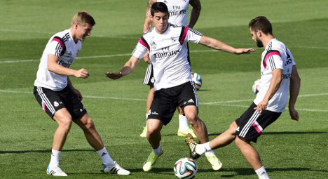 Real to show off new signings in Atletico clash