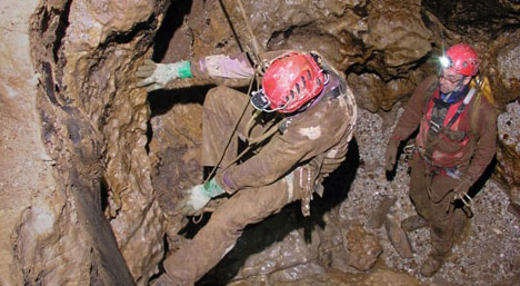 Finally: Caver rescued after 12-day nightmare
