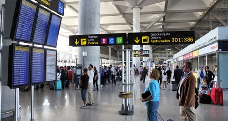 Airport authority AENA sell-off hits delay
