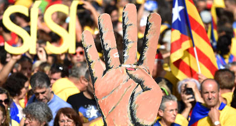 Madrid aims to block new poll on Catalan self-rule
