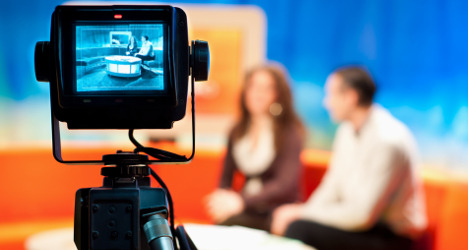 Government trying to control us: TV journalists