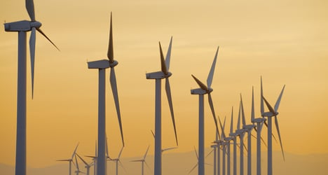 Spain seriously failing on green energy: report