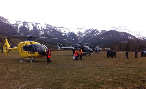As it happened: Plane crashes in French Alps