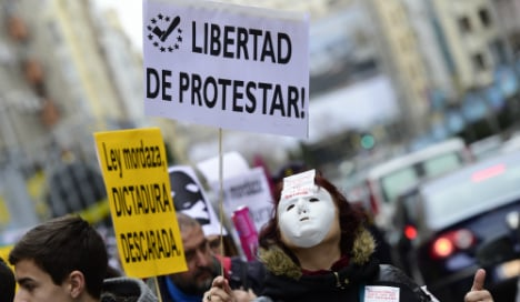 Protests as Spain's gag law comes into force