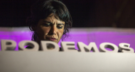 Podemos fails to break two-party hold