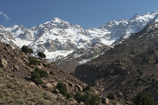 Caver in Morocco dies, two rescued