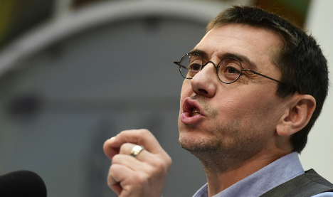 Podemos co-founder resigns prompting crisis