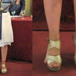 Spanish mayor's rogue little toes go viral