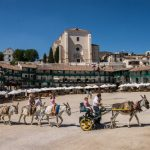 """<b>Plaza Mayor, Chinchón.</b> This central plaza in the town of Chinchón 50 km southeast of Madrid is one of the few in Spain to be built in the round. So it also temporarily doubles as a bullring each Autumn.Photo: <a href=""""http://bit.ly/1GwNm3w"""">Fernando Garcia</a> / Wikimedia Commons."""