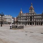"""<b>Plaza de María Pita, A Coruña.</b> This square lies in the one-time political capital of the Kingdom of Galicia (409–1833). The plaza is home to the impressive city hall, as well as the statue of the heroine for which it's named, María Pita, who famously killed a English flag bearer with her dead husband's spear in a 1589 battle to defend the city after the English navy commanded by Sir Francis Drake reached its walls.Photo: <a href=""""http://bit.ly/1Mo8B5M"""">FranchoBeltrán</a> / Wikimedia Commons."""